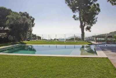 Unique Ibiza style property located close to the village and all its amenities in Maresme coast